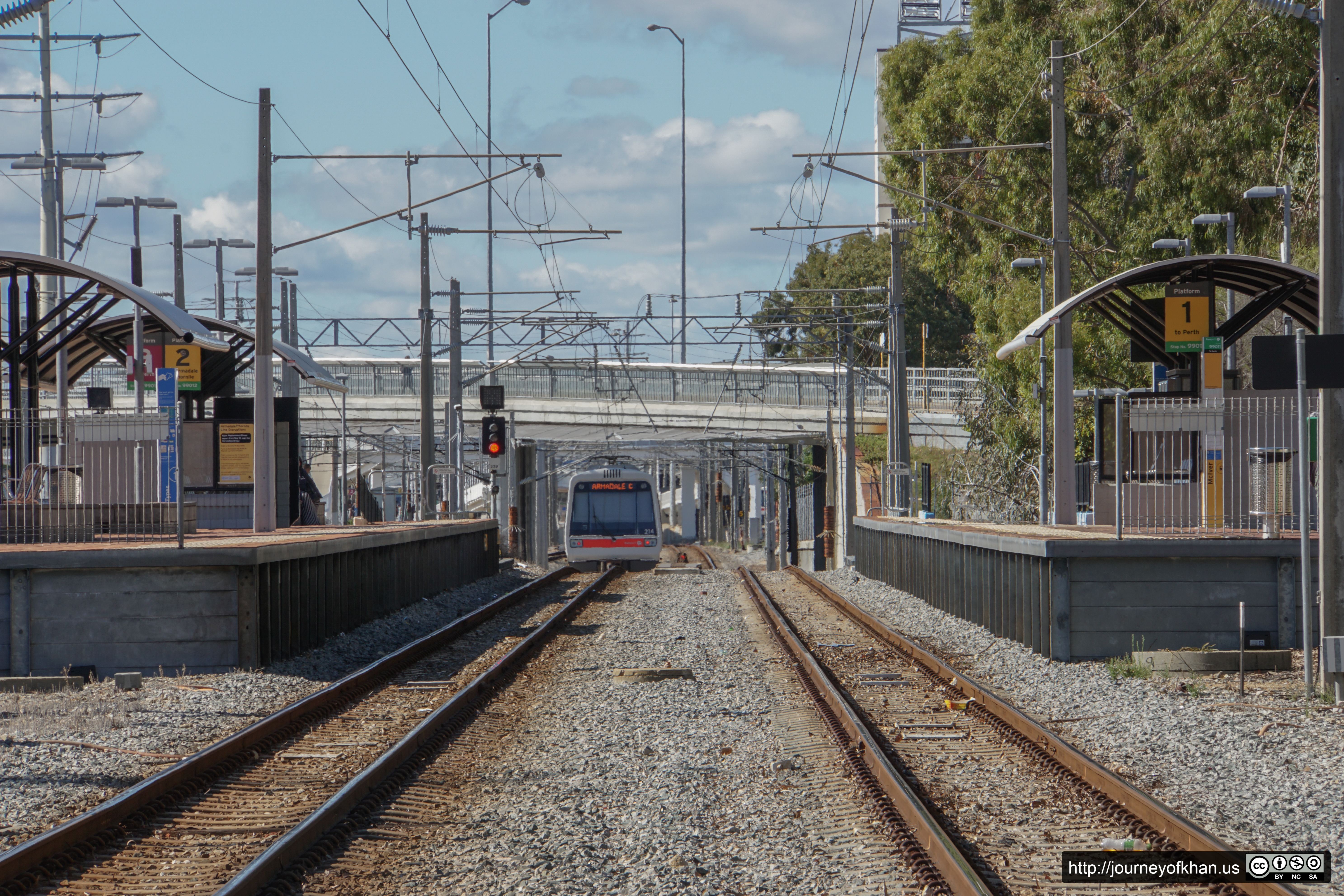 Train to Armadale (High Resolution)