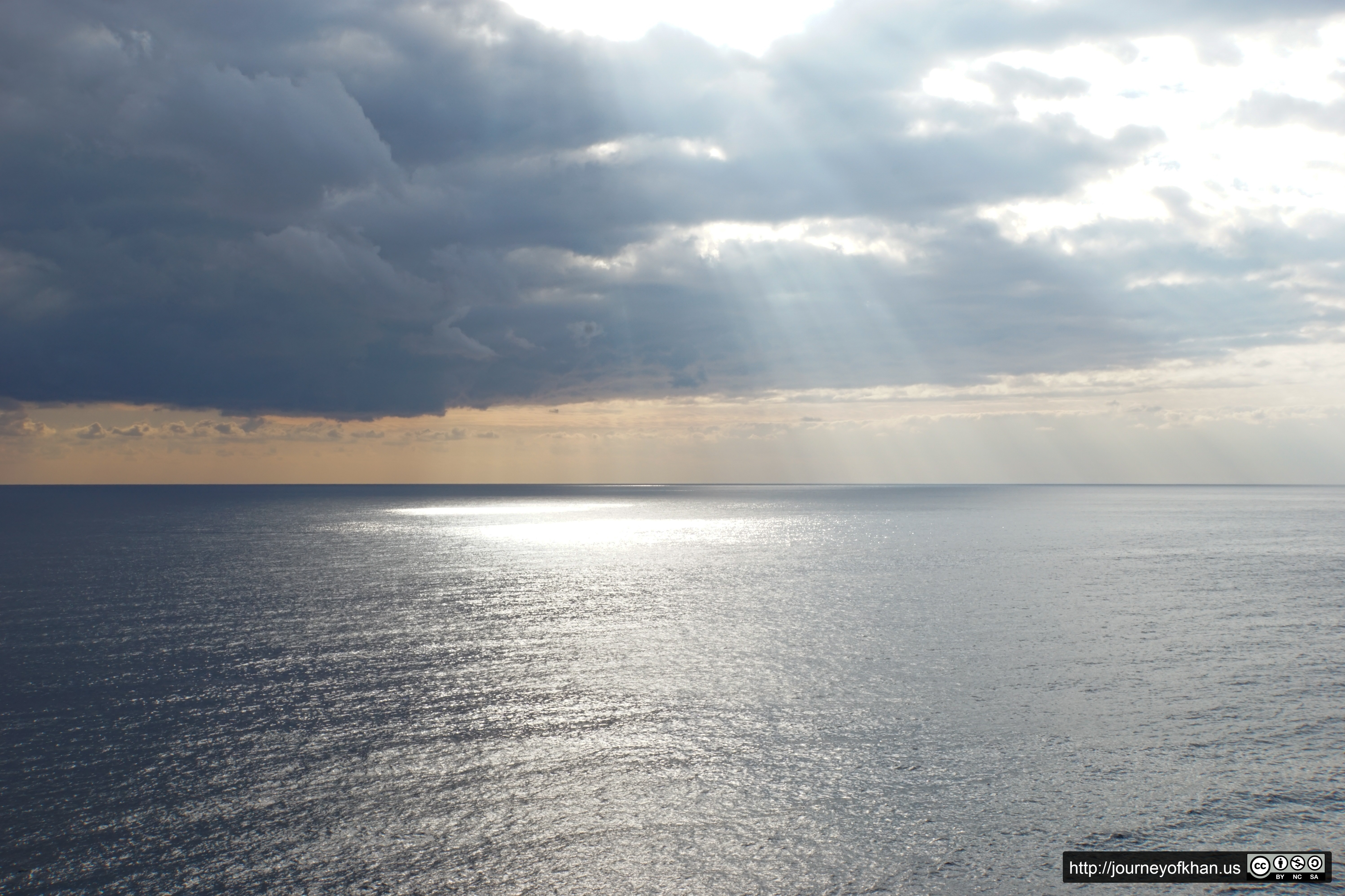 Rays Through the Clouds to the Ocean Floor (High Resolution)